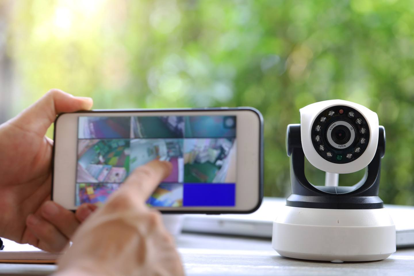 Best Self Monitored Home Security System Of 2021 Reviews Com